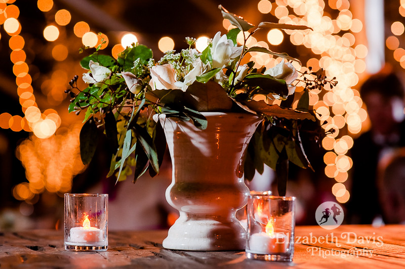 twinkle lights and centerpieces at outdoor wedding reception in Alabama   Elizabeth Davis Photography