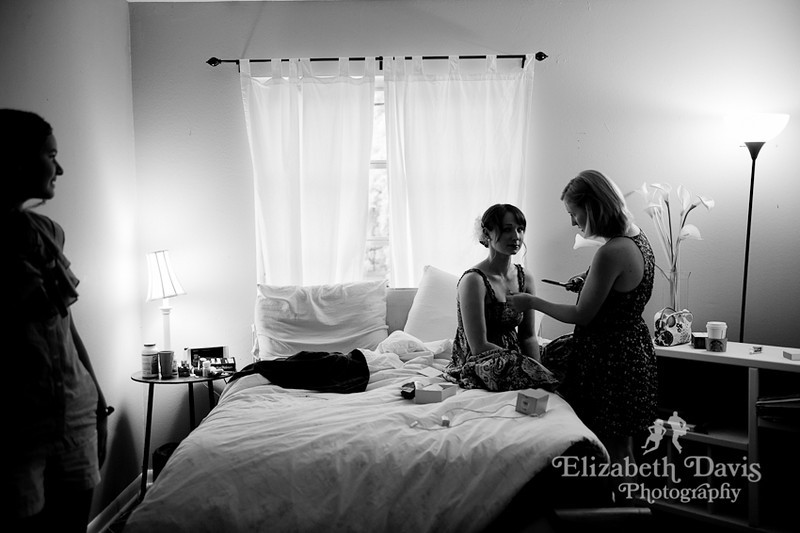 Tallahassee wedding photography bride getting ready