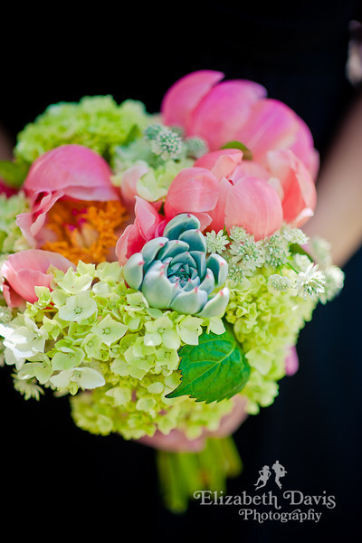 Tallahassee photography bridesmaid bouquet missy gunnels